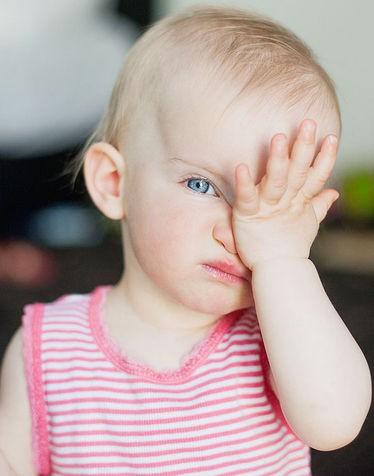 Bambini-e-problemi-agli-occhi_su_vertical_dyn